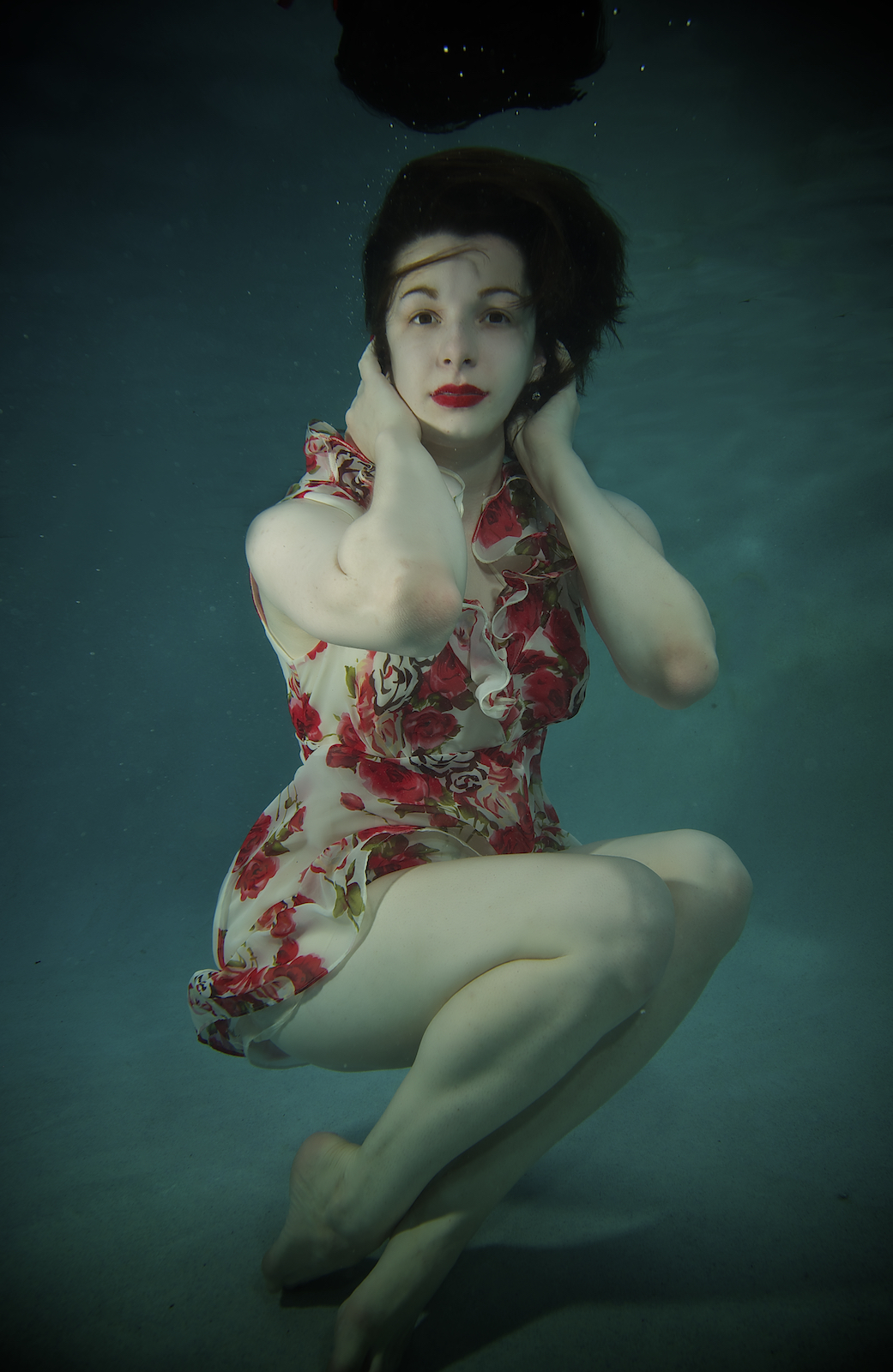 Underwater portrait of Marielle in New Orleans, Model, singer, and actor, Kimberly Kaye,photographed by New Orleans based photographer, Marc Pagani
