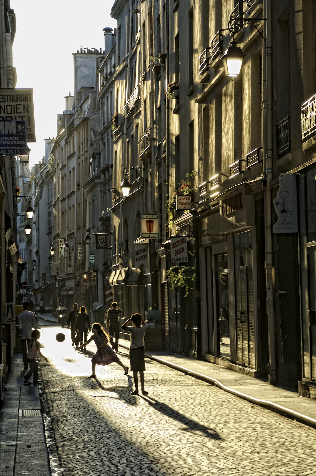 Children play on Rue Saint Sauveur - Paris, France.jpg