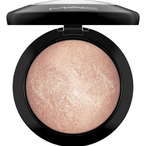 "MAC ""Mineralize Skinfinish""              96                Normal     0                     false     false     false         EN-US     X-NONE     X-NONE                                                                                                                                                                                                                                                                                                                                                                                                                                                                                                                                                                                                                                                                                                                                                                                                                                                                                                                                                                                                                                                                                                                                                                                                                                                                                                                                                                                                                                                                                                                                                                                                                                                                                                                                 /* Style Definitions */ table.MsoNormalTable 	{mso-style-name:""Table Normal""; 	mso-tstyle-rowband-size:0; 	mso-tstyle-colband-size:0; 	mso-style-noshow:yes; 	mso-style-priority:99; 	mso-style-parent:""""; 	mso-padding-alt:0in 5.4pt 0in 5.4pt; 	mso-para-margin:0in; 	mso-para-margin-bottom:.0001pt; 	mso-pagination:widow-orphan; 	font-size:12.0pt; 	font-family:Calibri; 	mso-ascii-font-family:Calibri; 	mso-ascii-theme-font:minor-latin; 	mso-hansi-font-family:Calibri; 	mso-hansi-theme-font:minor-latin;}       A luxurious powder that adds highlights to the face and body.    Shop Now   ▸"