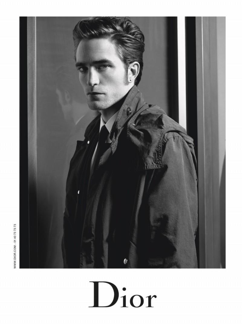 Robert-Pattinson-2016-Dior-Homme-Fall-Campaign-004-800x1068.jpg