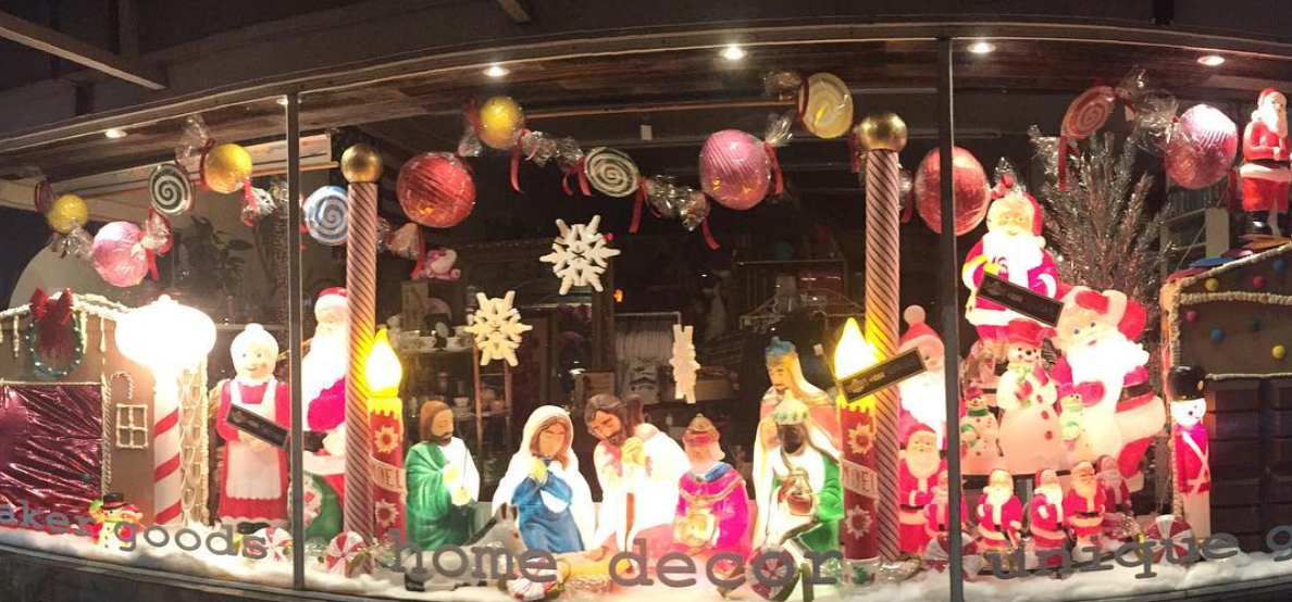 candy xmas window.png