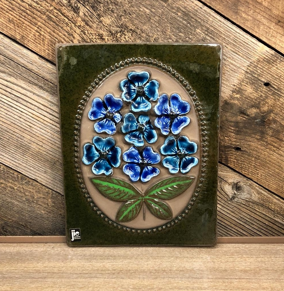 Jie Ganotofta Sweden Floral Plaque, $35