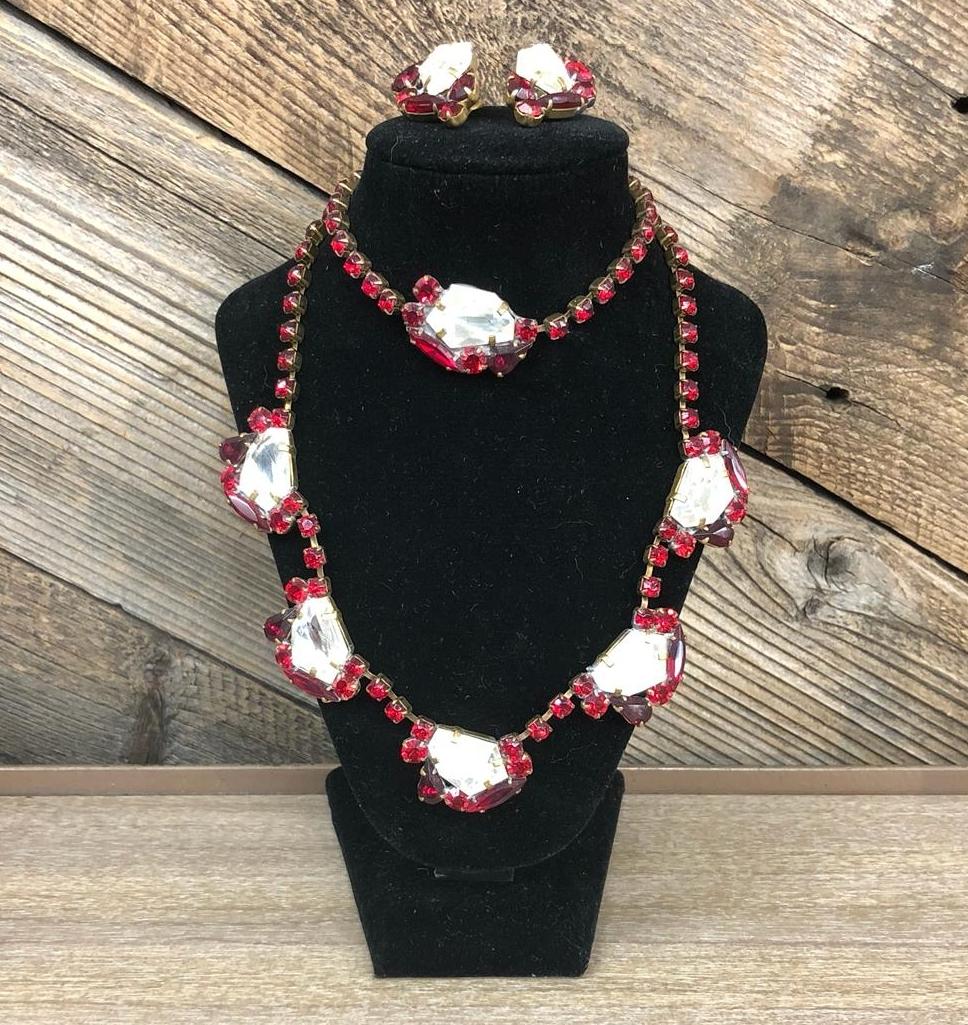 Lilien 4-Piece Jewelry Set, $85