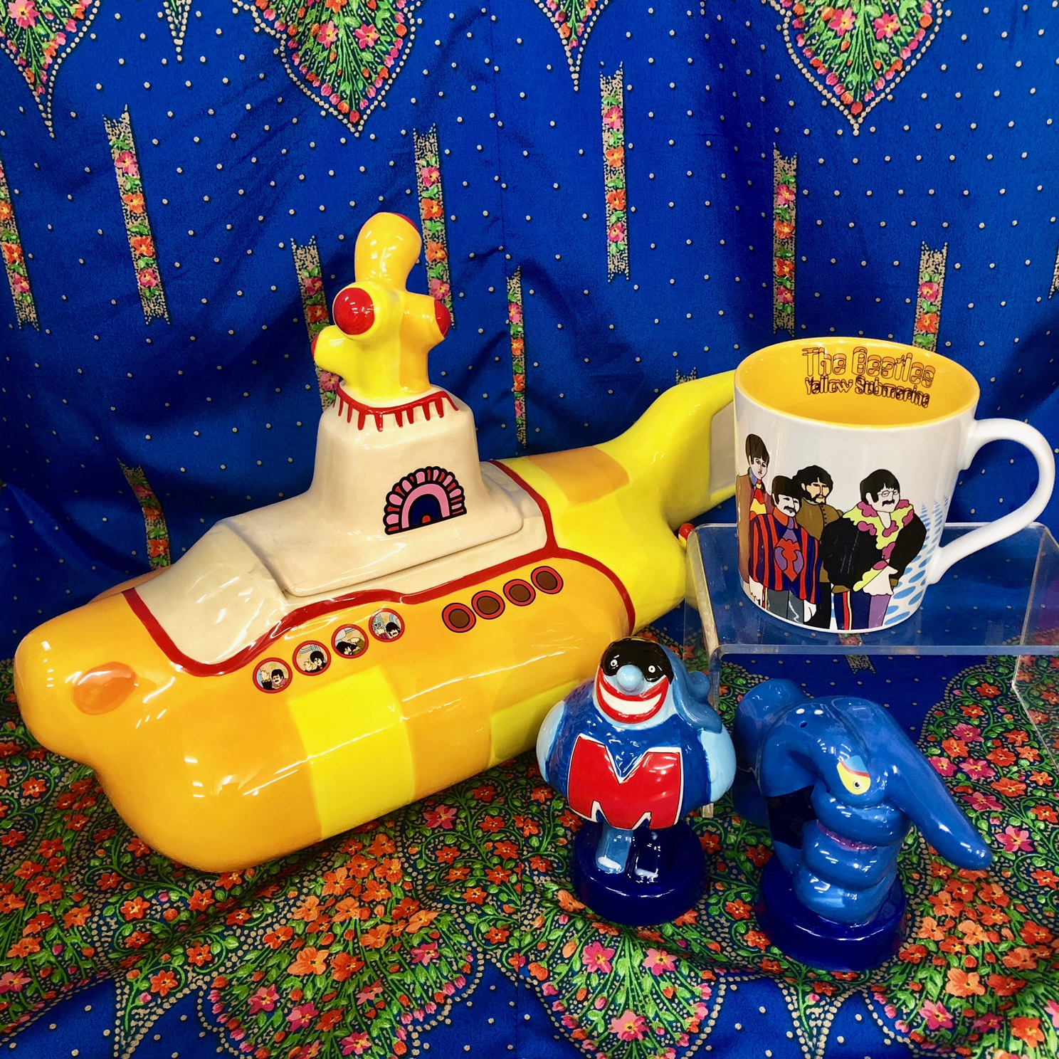 """The Beatles """"Yellow Submarine"""" Gifts"""