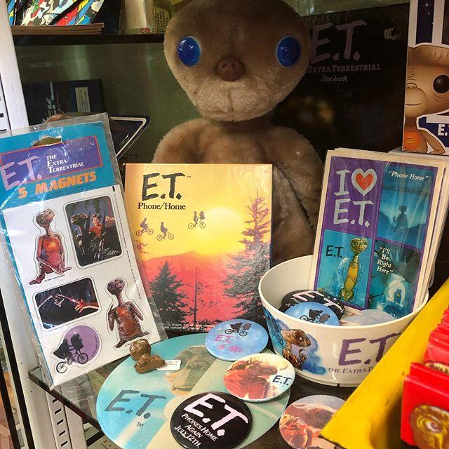 E.T. ☎️ Phone Home!