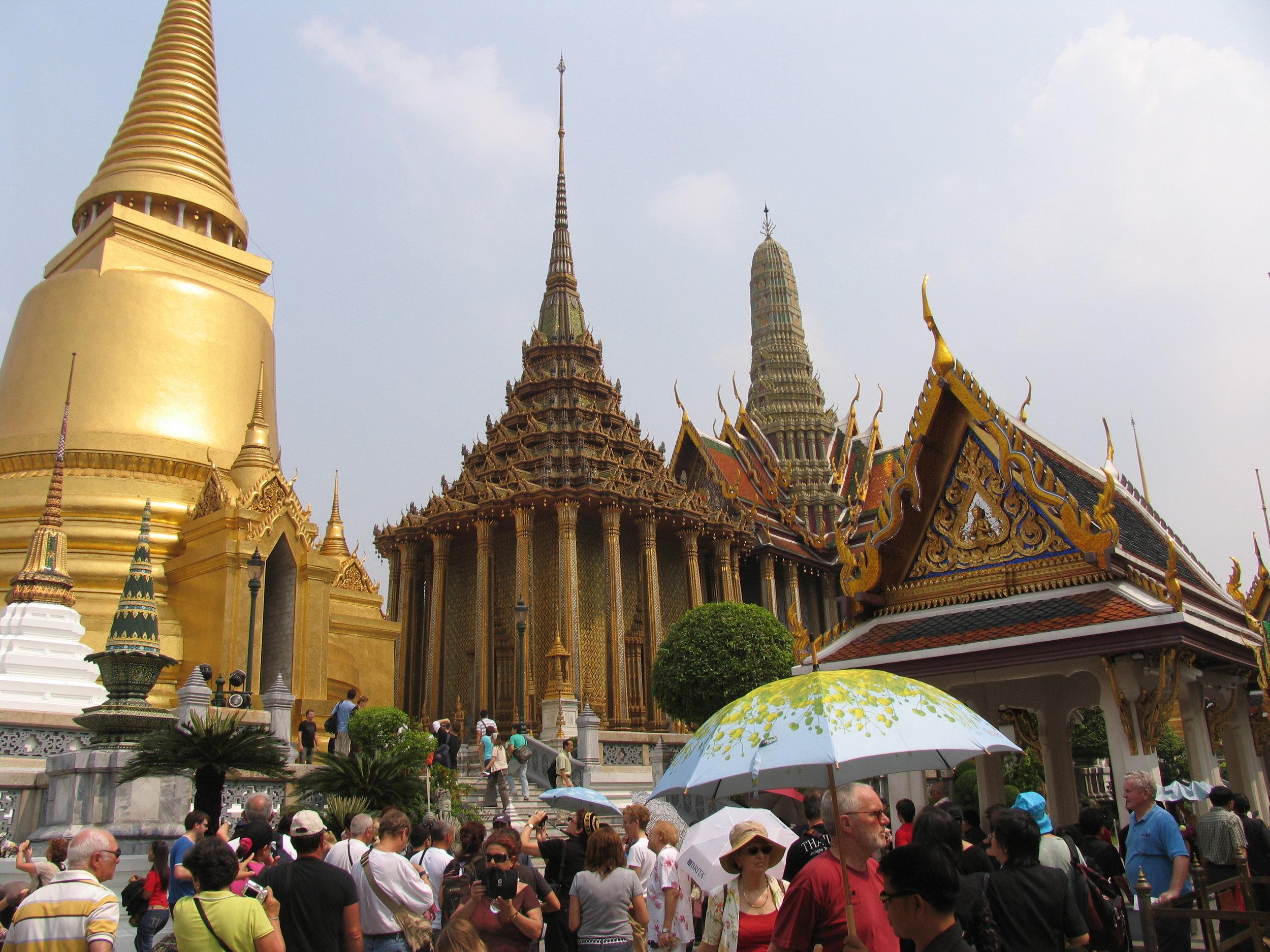 Wat Phra Kheo buildings