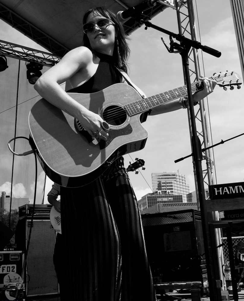 Hannah Harber & the Lionhearts GMF2019-7.jpg