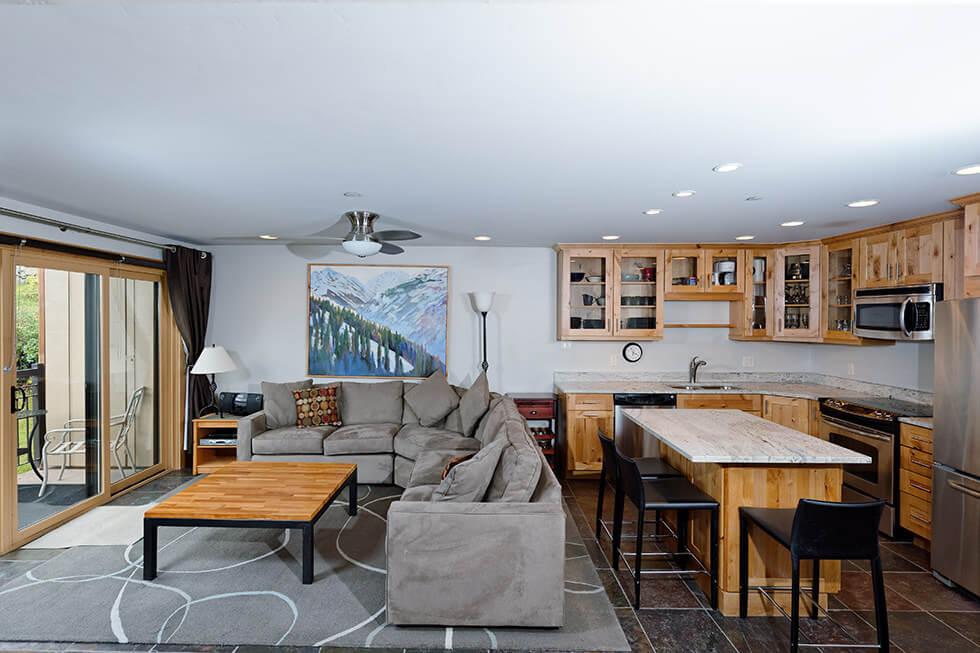 The Crestwood Condominiums 3 Bed Premier04.jpg