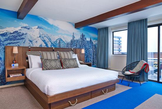 Suite-Bedroom_lg.jpg