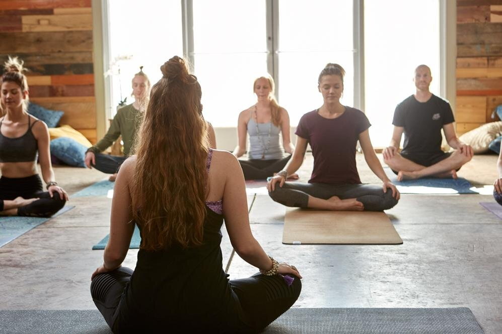 Cours de yogaTout les mardis de 17h45 À 19h00 - La Boussole, en collaboration avec le Vancouver Women Health Collective et la professeure MANDANA ANAHITA, vous proposent des cours de yoga d'approche Iyengar tous les mardis soir au What Lab #202-1814 Pandora St, Vancouver, BC . Le cours de Yoga sera adapté au groupe et est gratuit pour les membres de La Boussole et est de 22$ pour le public.