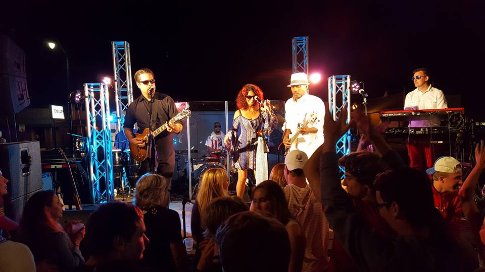 PHOTO IN2ITION  INTERNATION 1.jpg