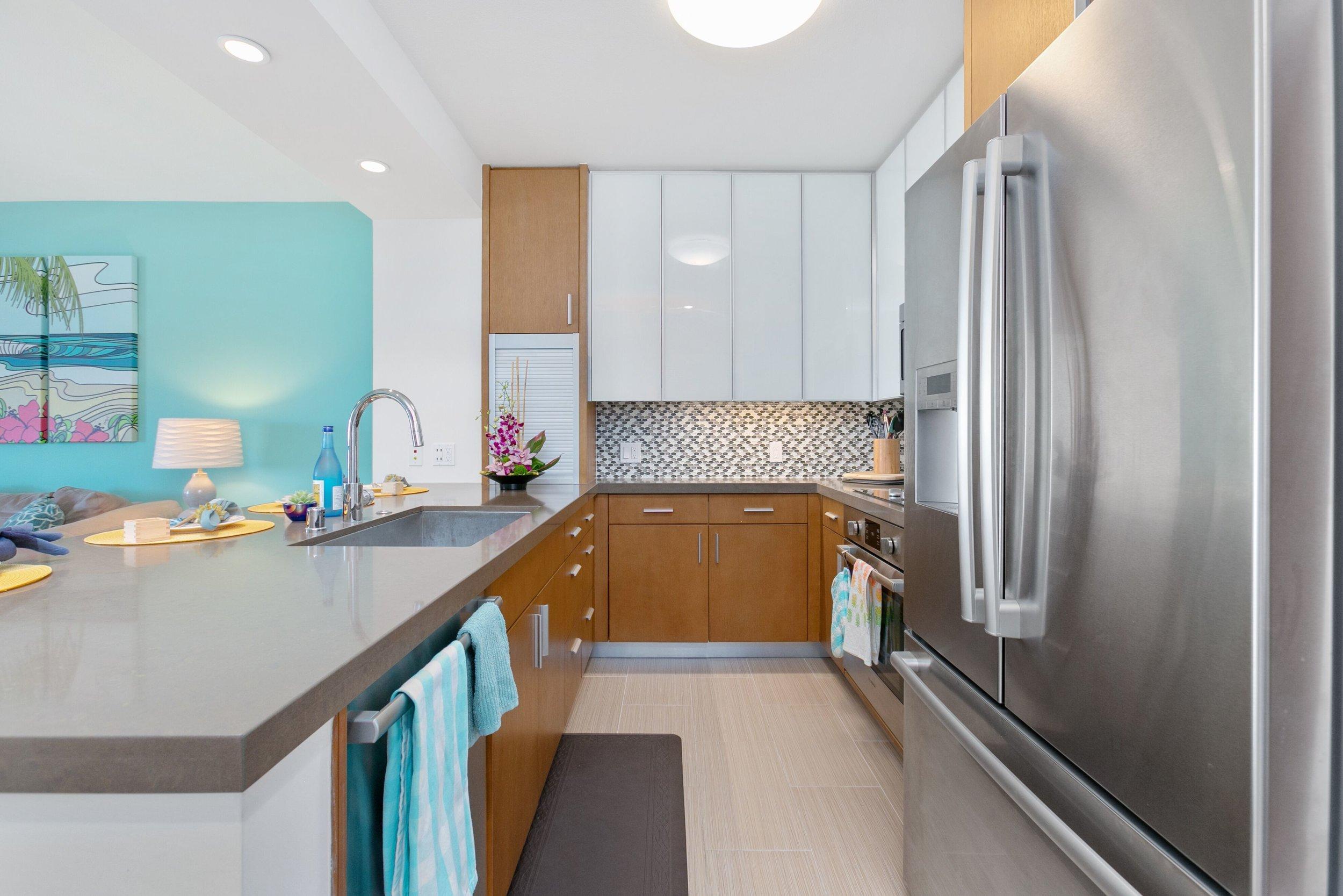 carol kitchen 2.jpg