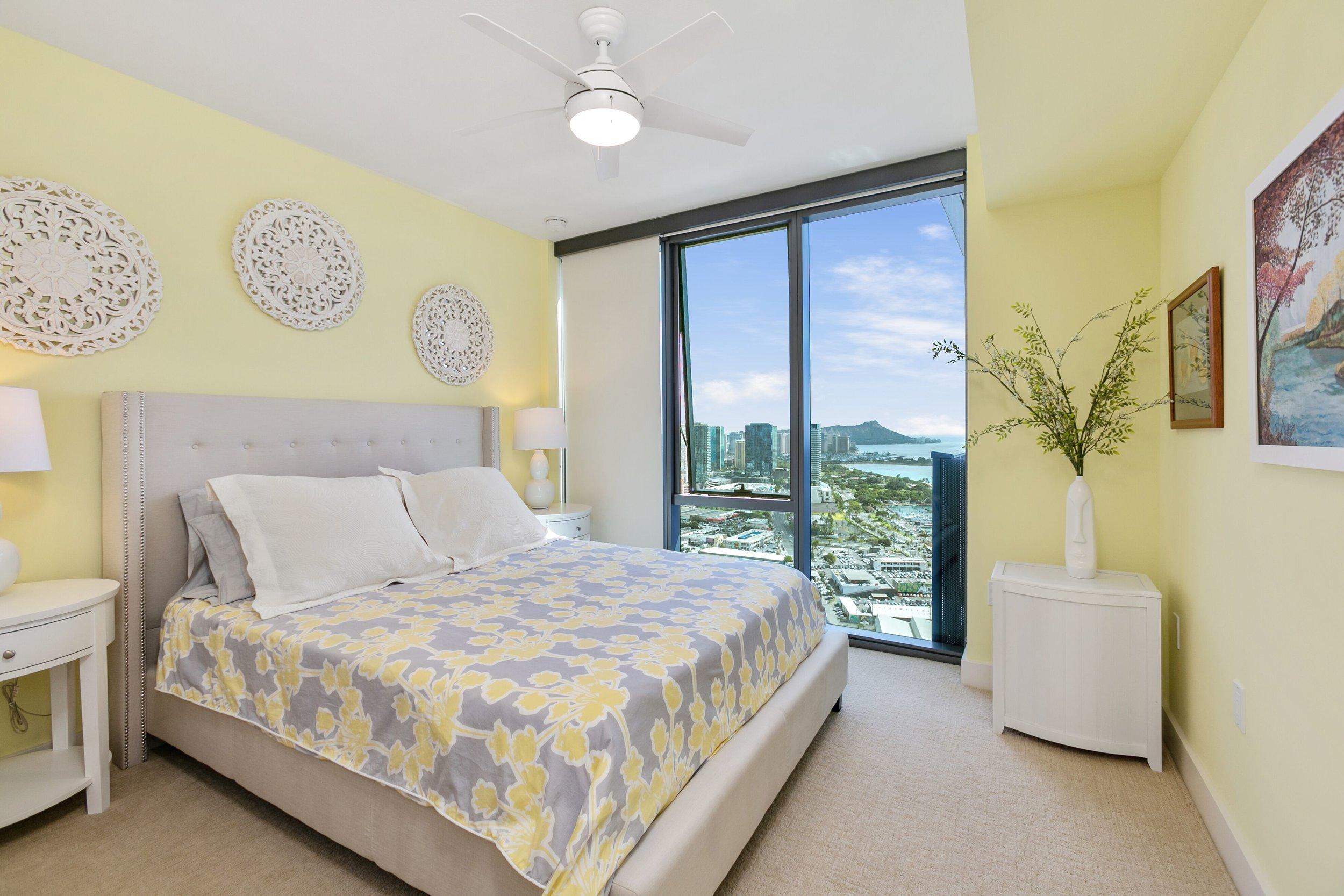 carol bedroom.jpg