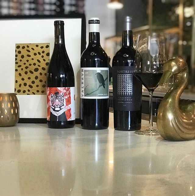 Tonight's Line Up!  Fall Reds complete with @erickentwines Pinot Noir, @valravnwine Zinfandel, & #fortresswinery Cabernet Sauvignon 🍷 Enjoy these bold beauties for $19 this fine #winewednesday 🍇
