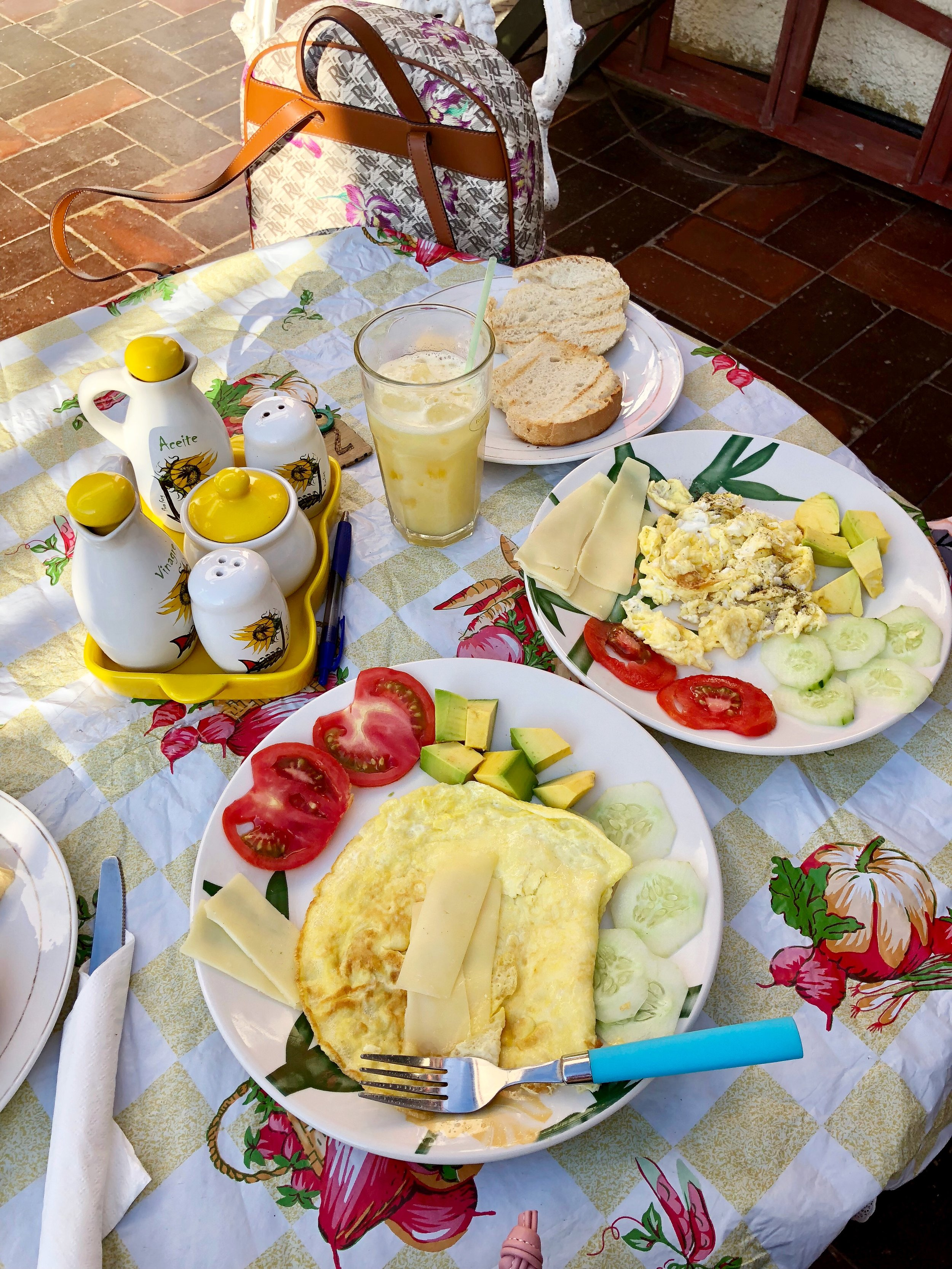 Breakfast with fresh juice, bread and coffee!