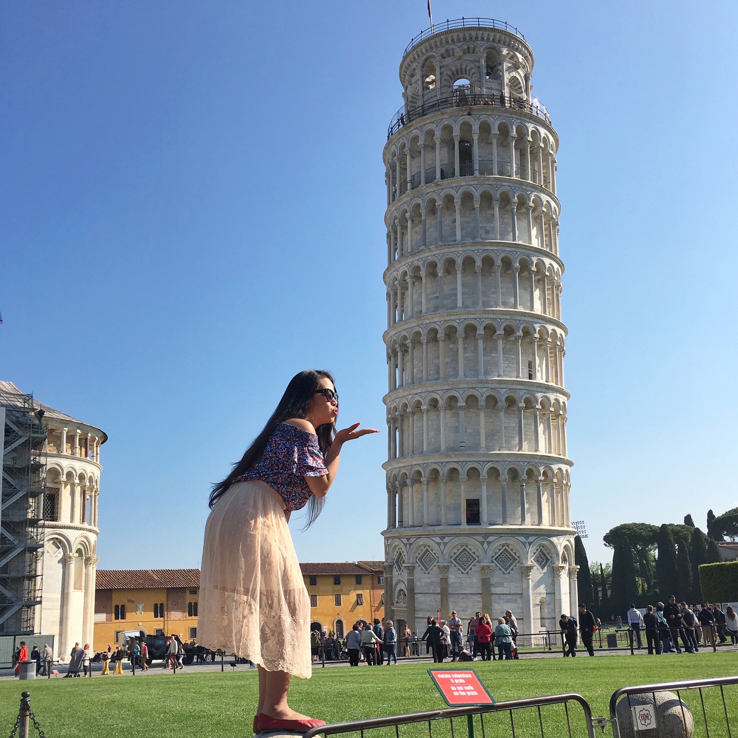 It was a  Pisa  cake falling for Italy!