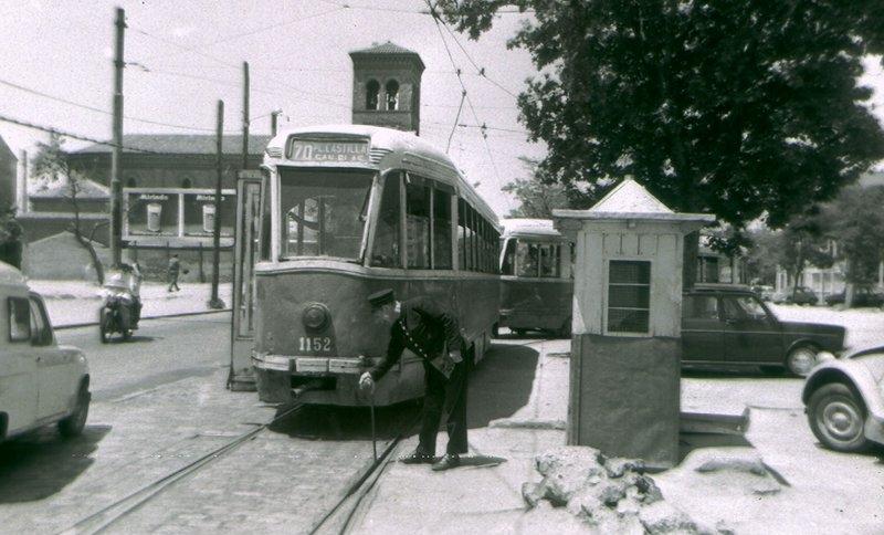 Foto antigua del tranvía que recorría la Calle Arturo Soria.