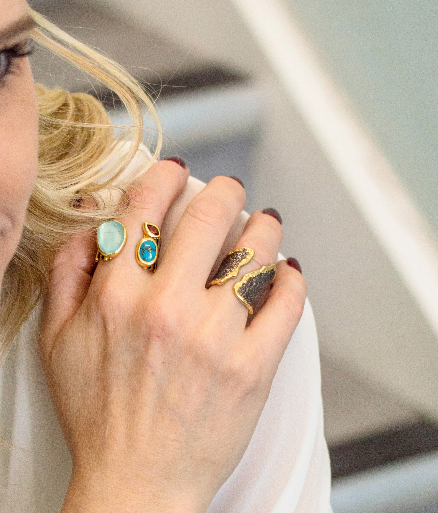COCKTAIL - Give your style party glam, flirt with your hands or complement your chandelier earrings with a classic cocktail ring. You can easily fake the look by stacking smaller rings.SHOP