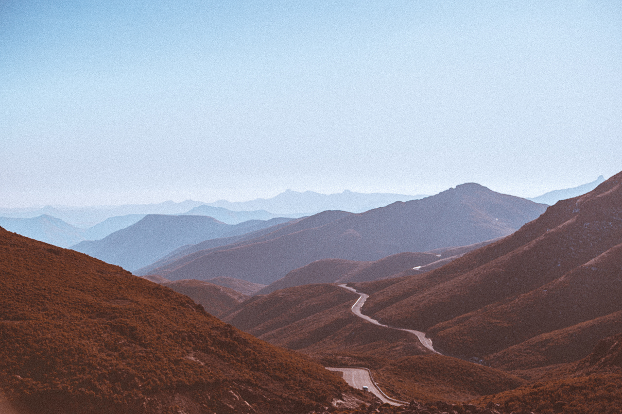 One of the numerous mountain passes in Lesotho. Driving 100km takes about 3hrs here