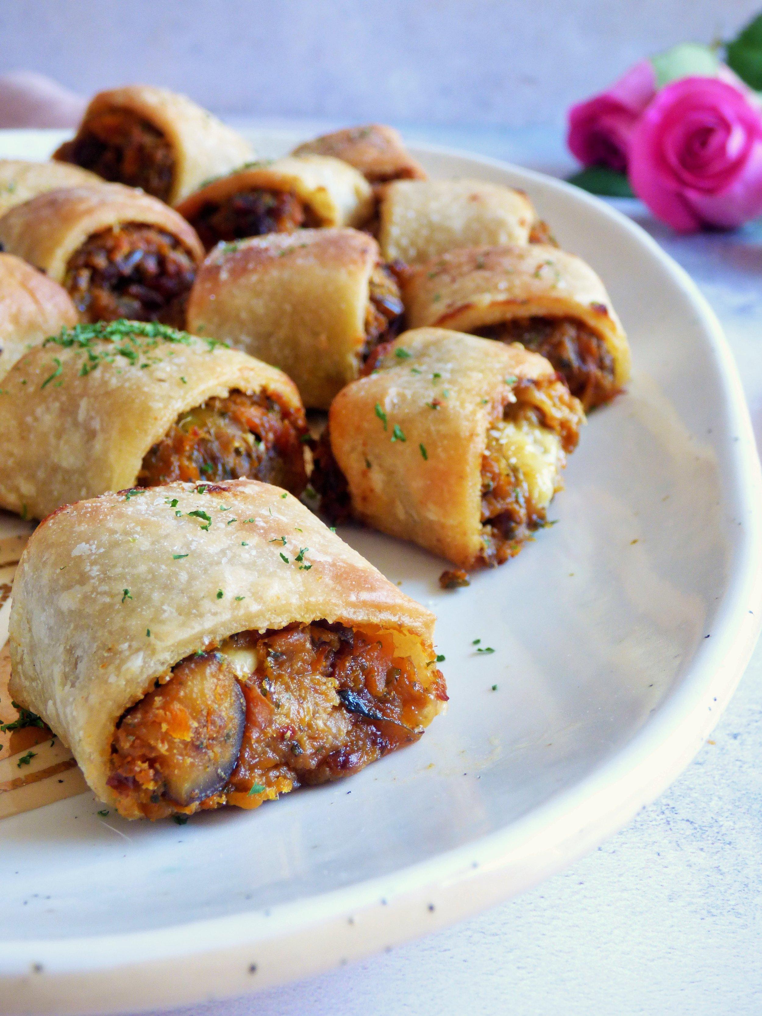 sausage rolls3.JPG