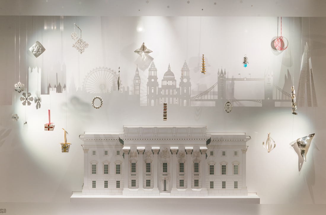 Goldsmiths Christmas window display showcasing Christmas ornaments from top jewellers from around the UK.