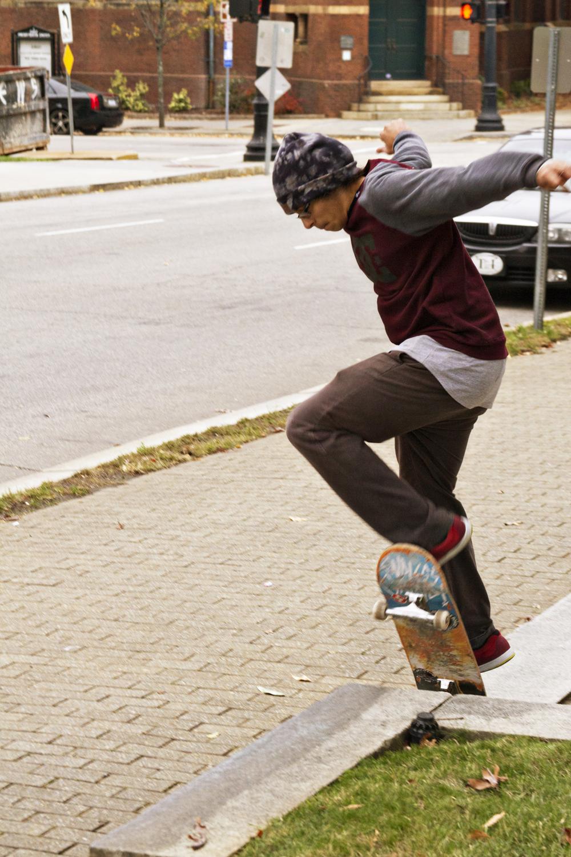 111614-StreetSkaters-07.jpg