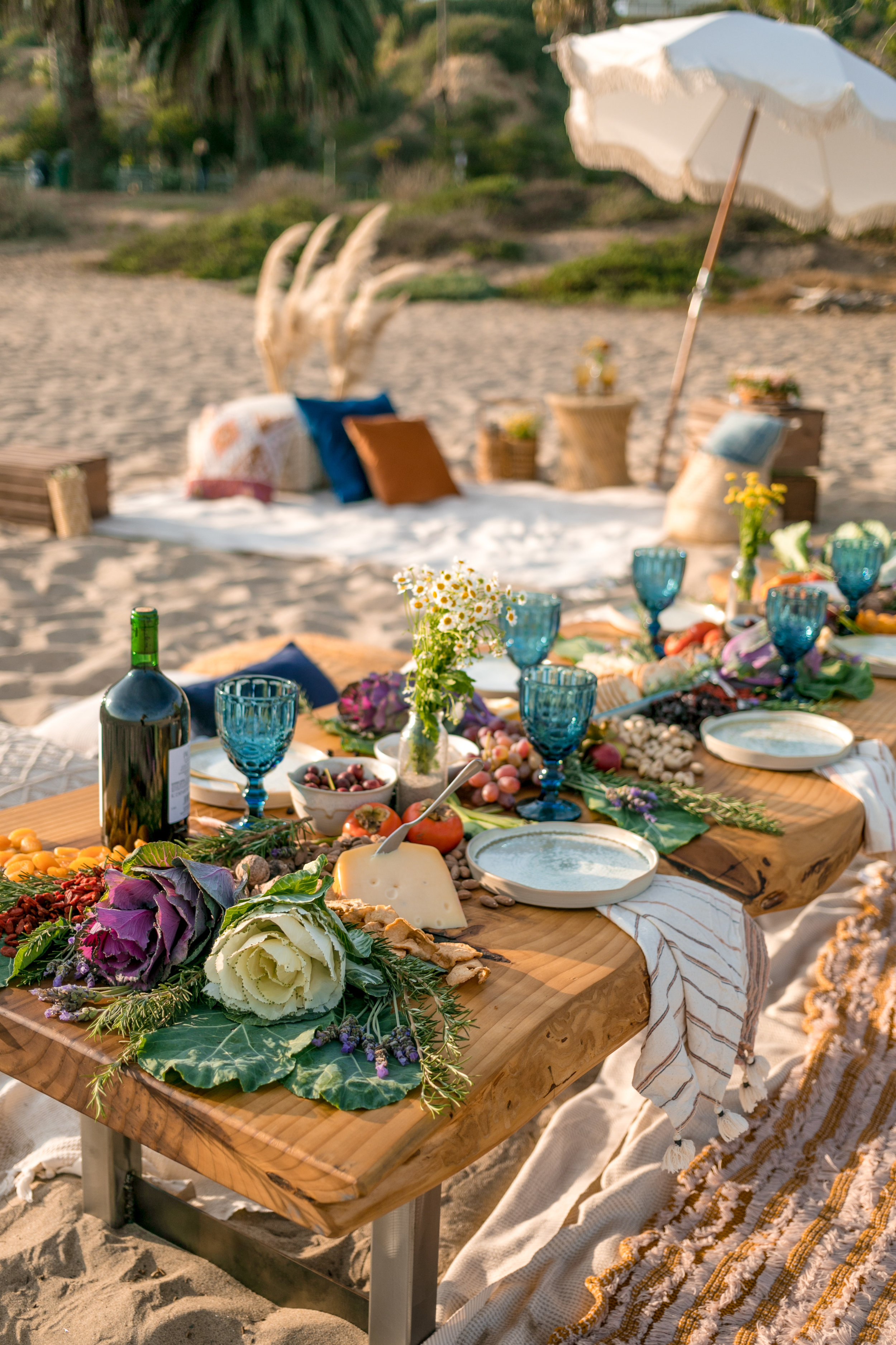 Beach Friendsgiving 11.18.18 -1.jpg