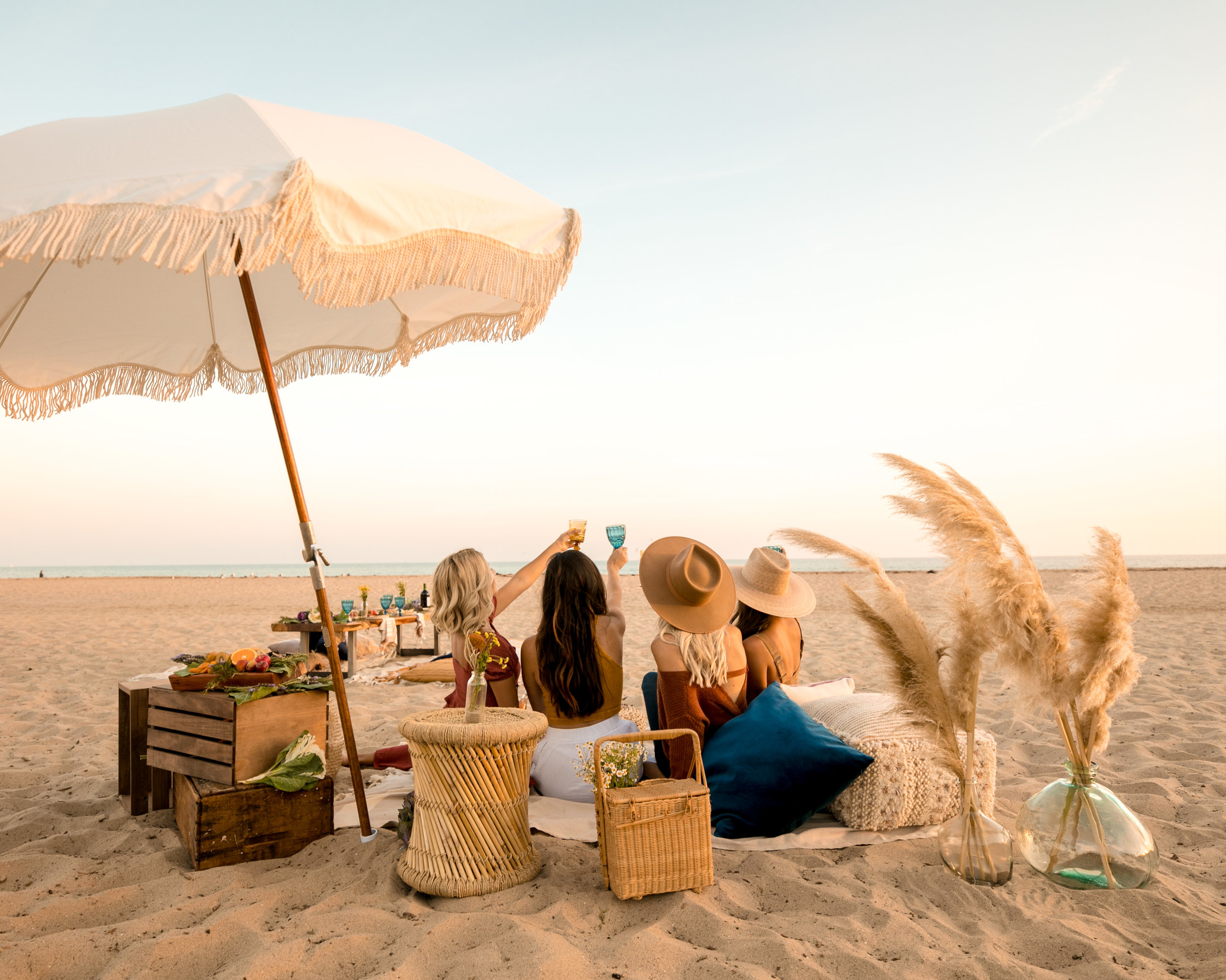 Beach Friendsgiving 11.18.18 -10.jpg