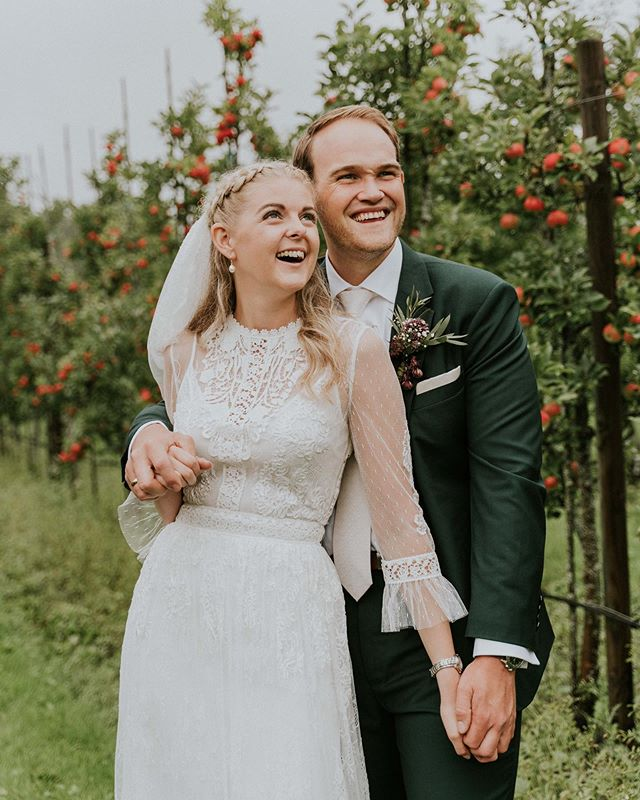 One of the most touching and heartfelt weddings of the season. Thank you Ida & Fredrik for letting me be there capturing and witnessing your incredible love for each other, a love that conquers ups and downs and celebrates the beauty in every season 💛 Celebrating love that lasts - happy 1 day of marriage!
