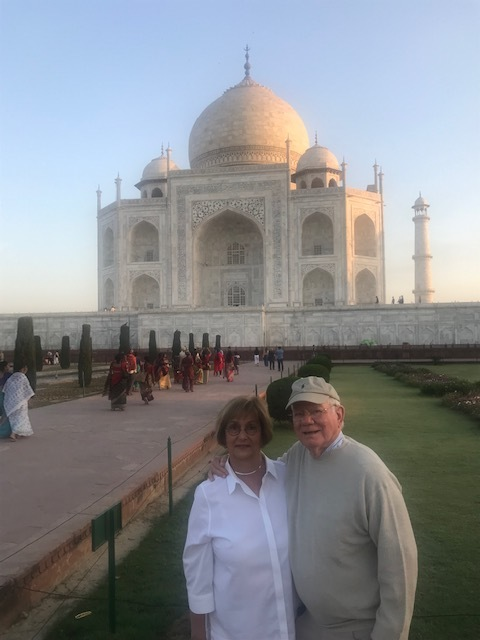 Cloud and Nancy Keyes at the Taj Mahal.