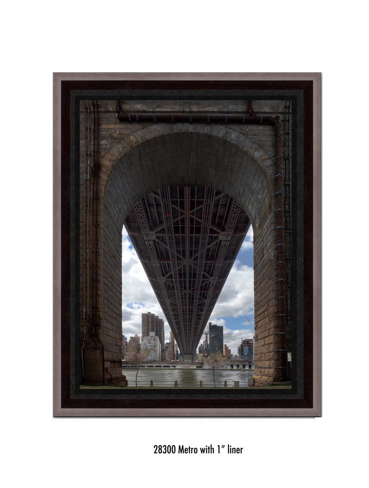 Queens-Bridge-28300-1-blk.jpg