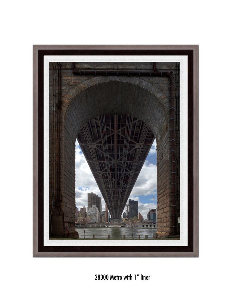 Queens-Bridge-28300-1-wht.jpg