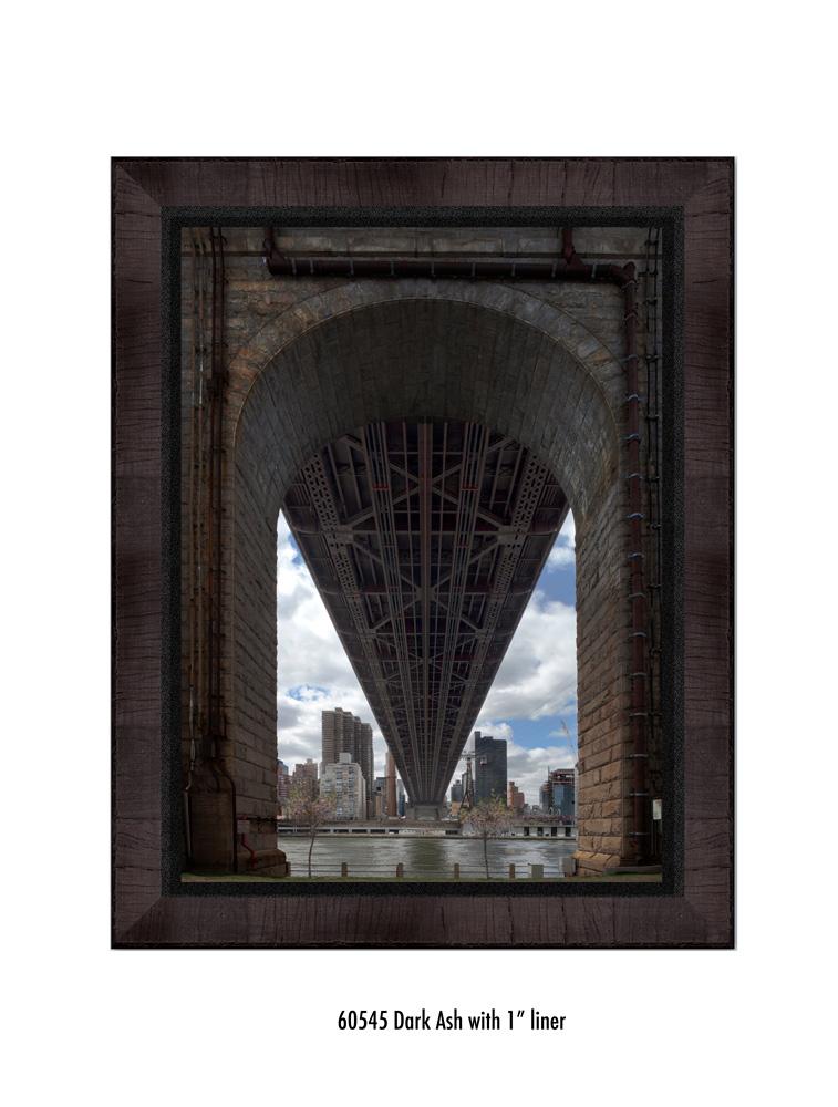 Queens-Bridge-60545-1-blk.jpg