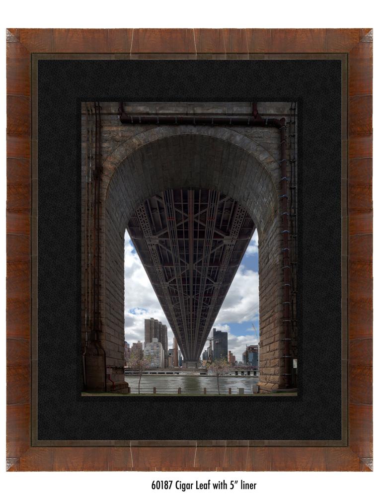 Queens-Bridge-60187-5-blk.jpg
