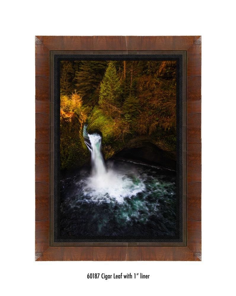 Punchbowl-falls-60187-1-blk.jpg