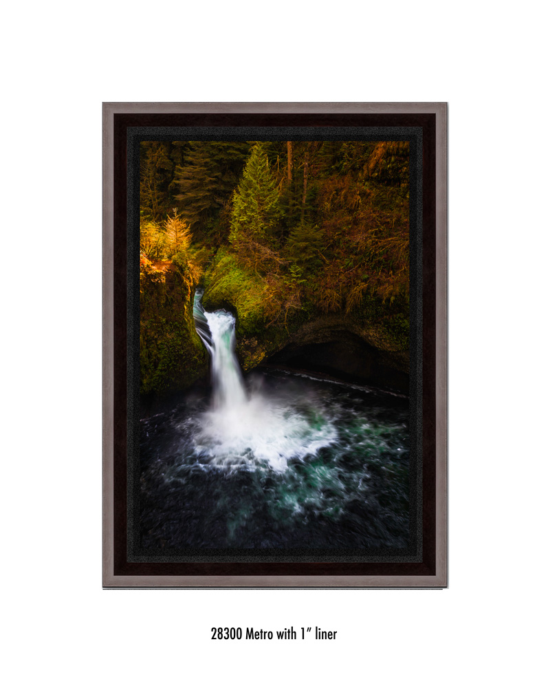 Punchbowl-falls-28300-1-blk.jpg
