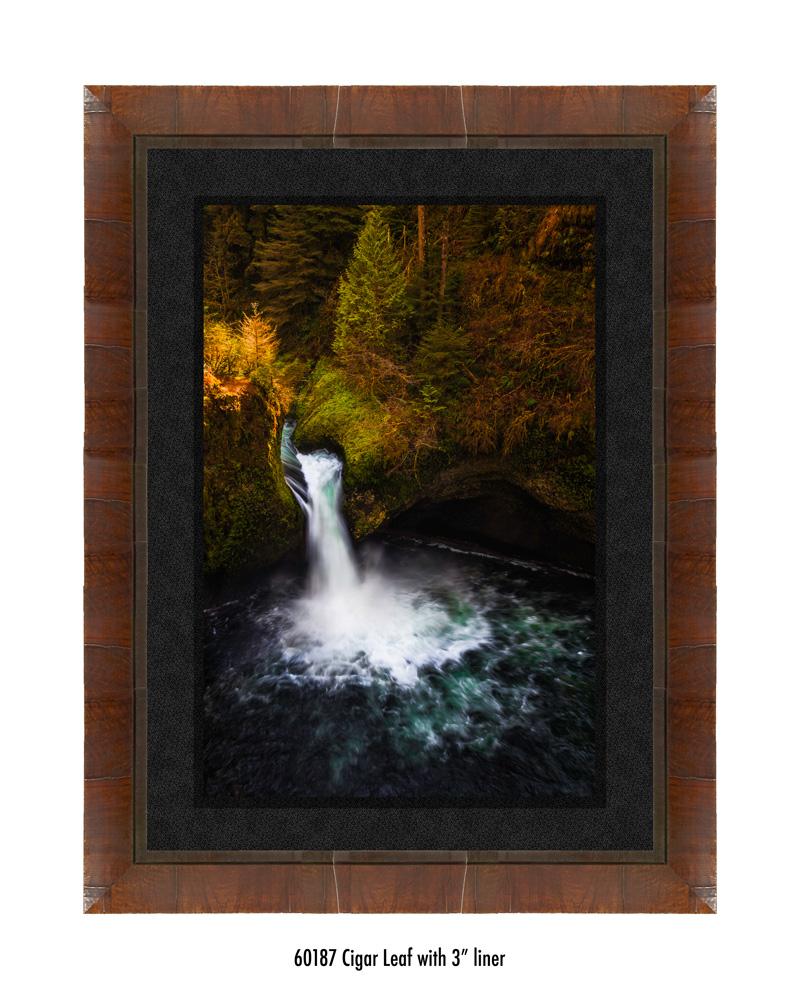Punchbowl-falls-60187-3-blk.jpg