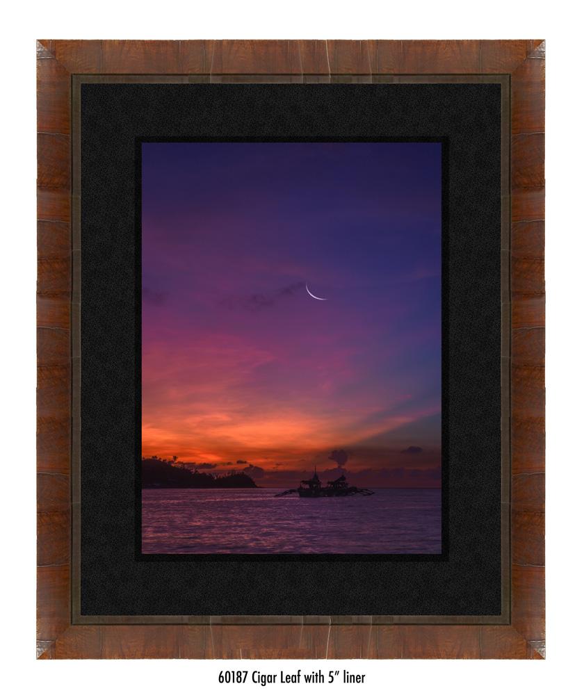 Crescent-Moon-tale-60187-5-blk.jpg