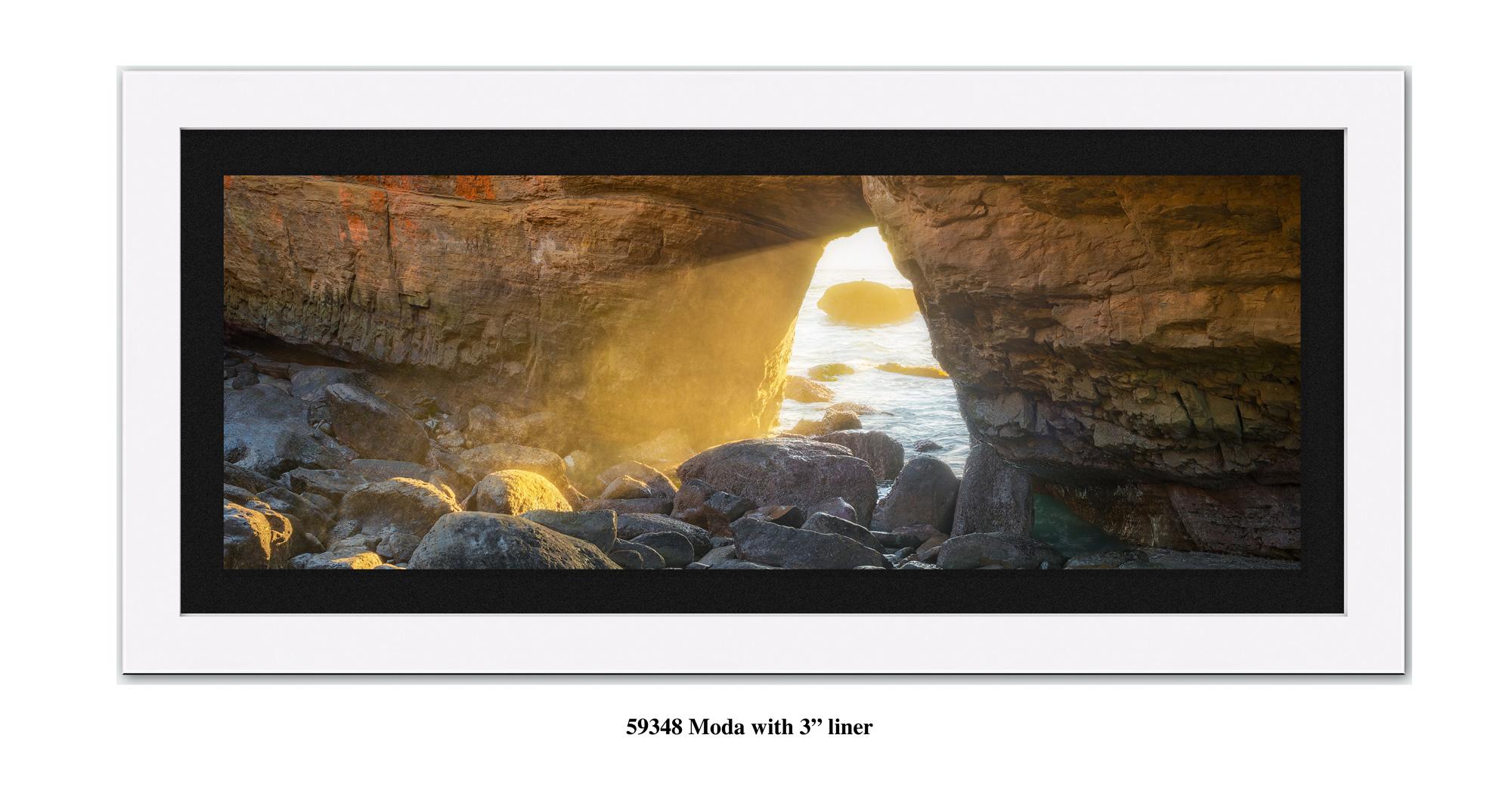 Last-Light-59328-blk.jpg