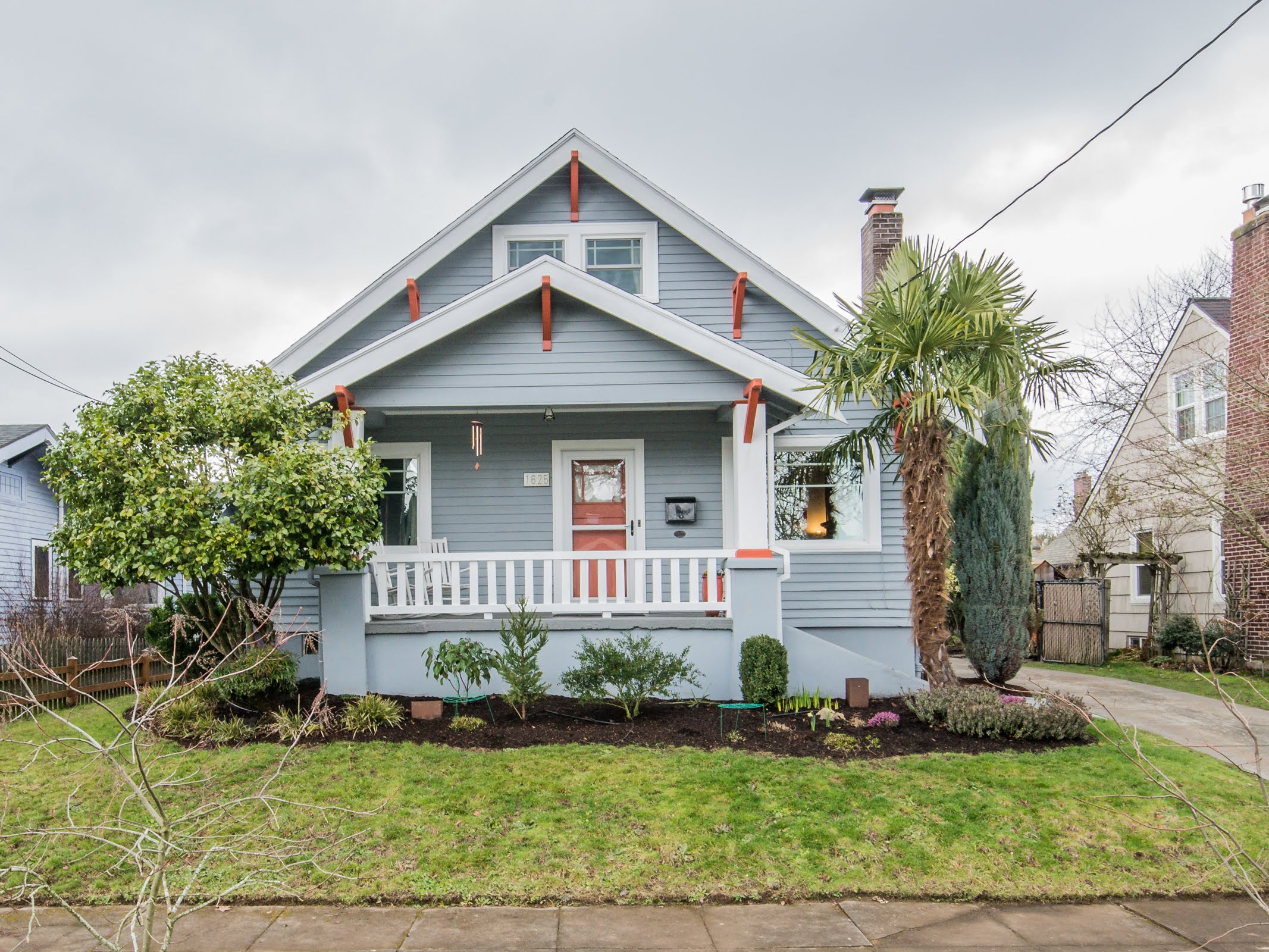 """""""We've bought and sold houses before, but we've never worked with someone we felt so comfortable with that we actually had fun during something that is generally a stressful experience. We would highly recommend Erin to anyone buying and/or selling a house anywhere in Portland."""" - L.J. + Nan"""