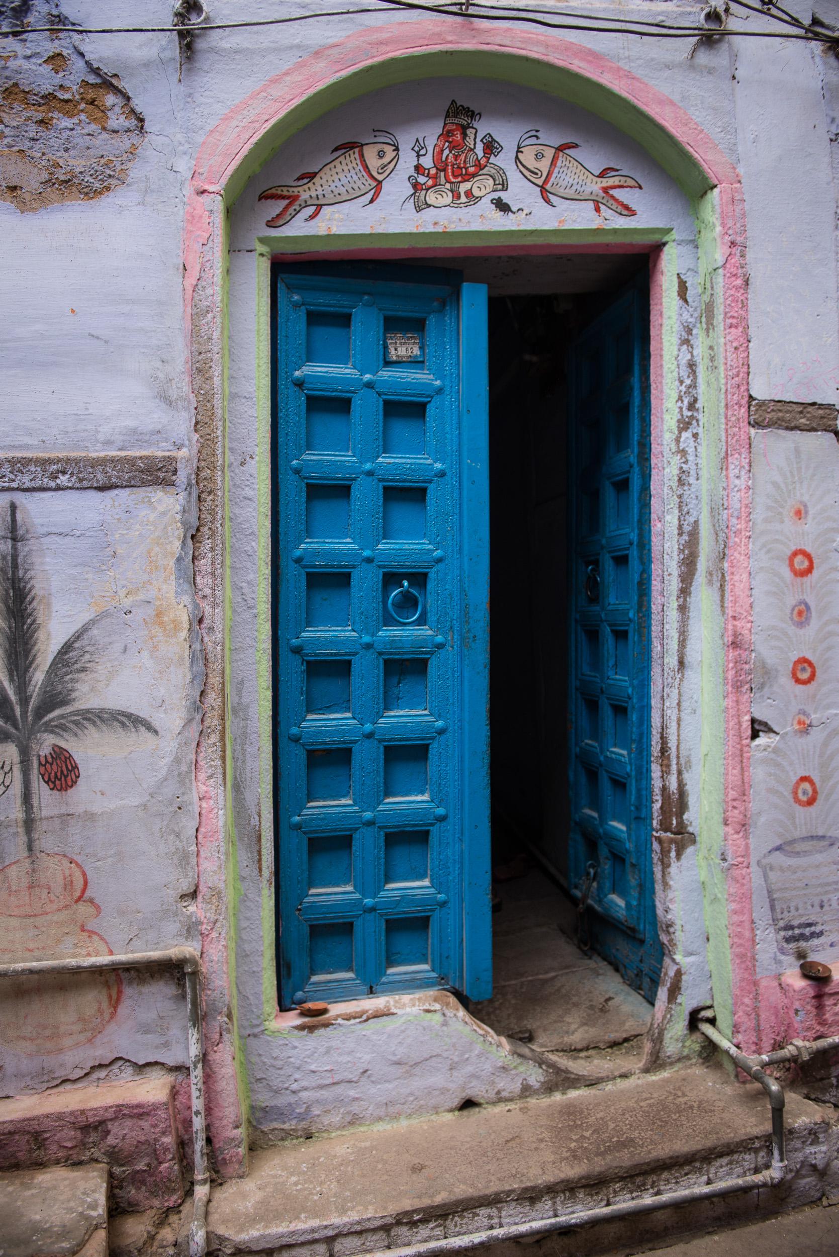 meyer-india-varanasi-19.jpg