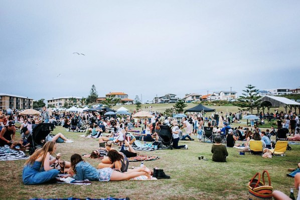 Need dinner plans for tomorrow? @street.feast will be at Dixon Park, Merewether between 4pm and 8pm. Don't forget your picnic rug. #streetfeast #visitnewcastle #newcastlefood #kinghousecrew #picnic #newcastlenightlife