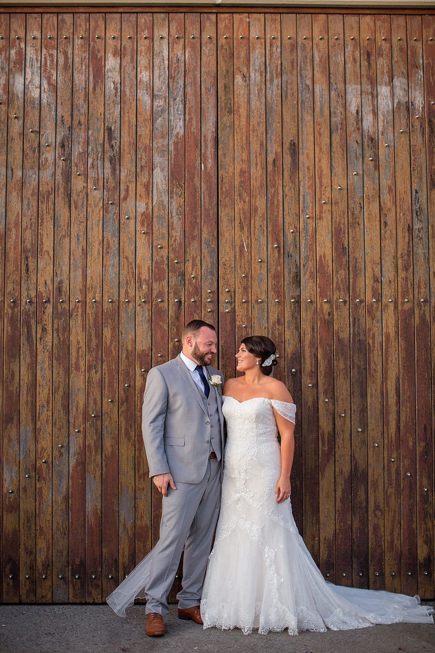 Oakover_Grounds_Winery_Wedding_0296.jpg