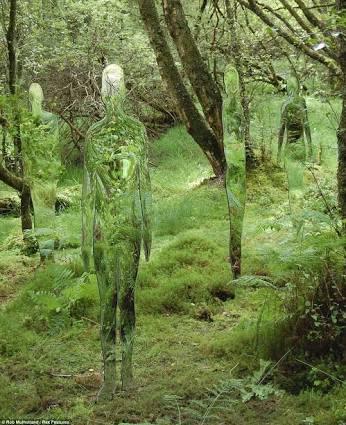 R, Mulholland 2012, Predator, Art Sculptures.