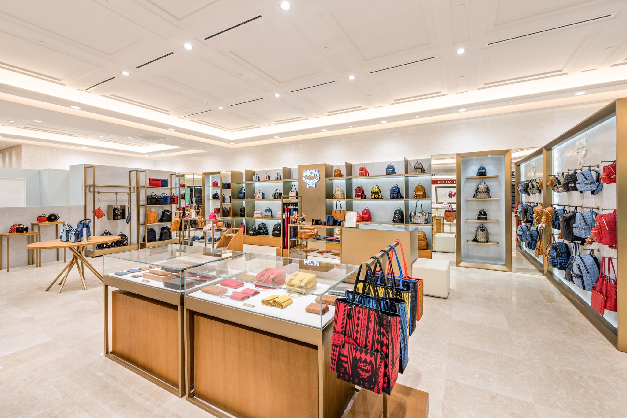 20160729 - MCM - HCM - Commercial - Interior - Store - Retouch 0001.jpg