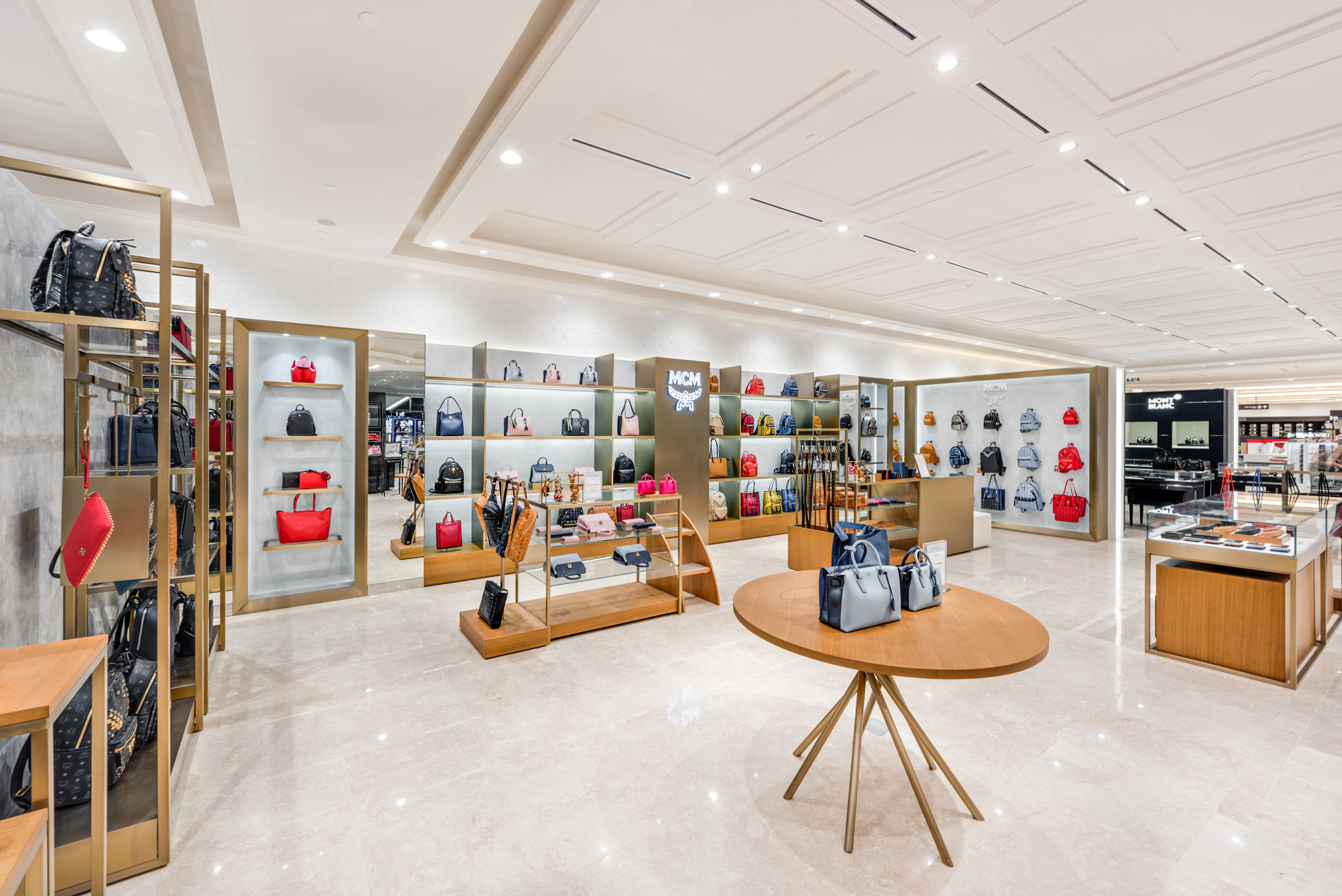 20160729 - MCM - HCM - Commercial - Interior - Store - Retouch 0002.jpg
