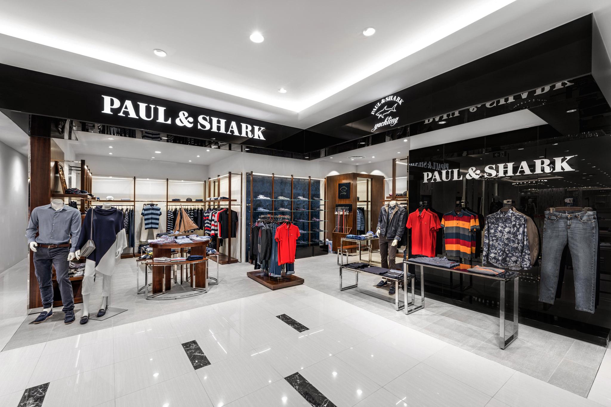 20160729 - Paul & Shark - HCM - Commercial - Interior - Store - Retouch 0001.jpg