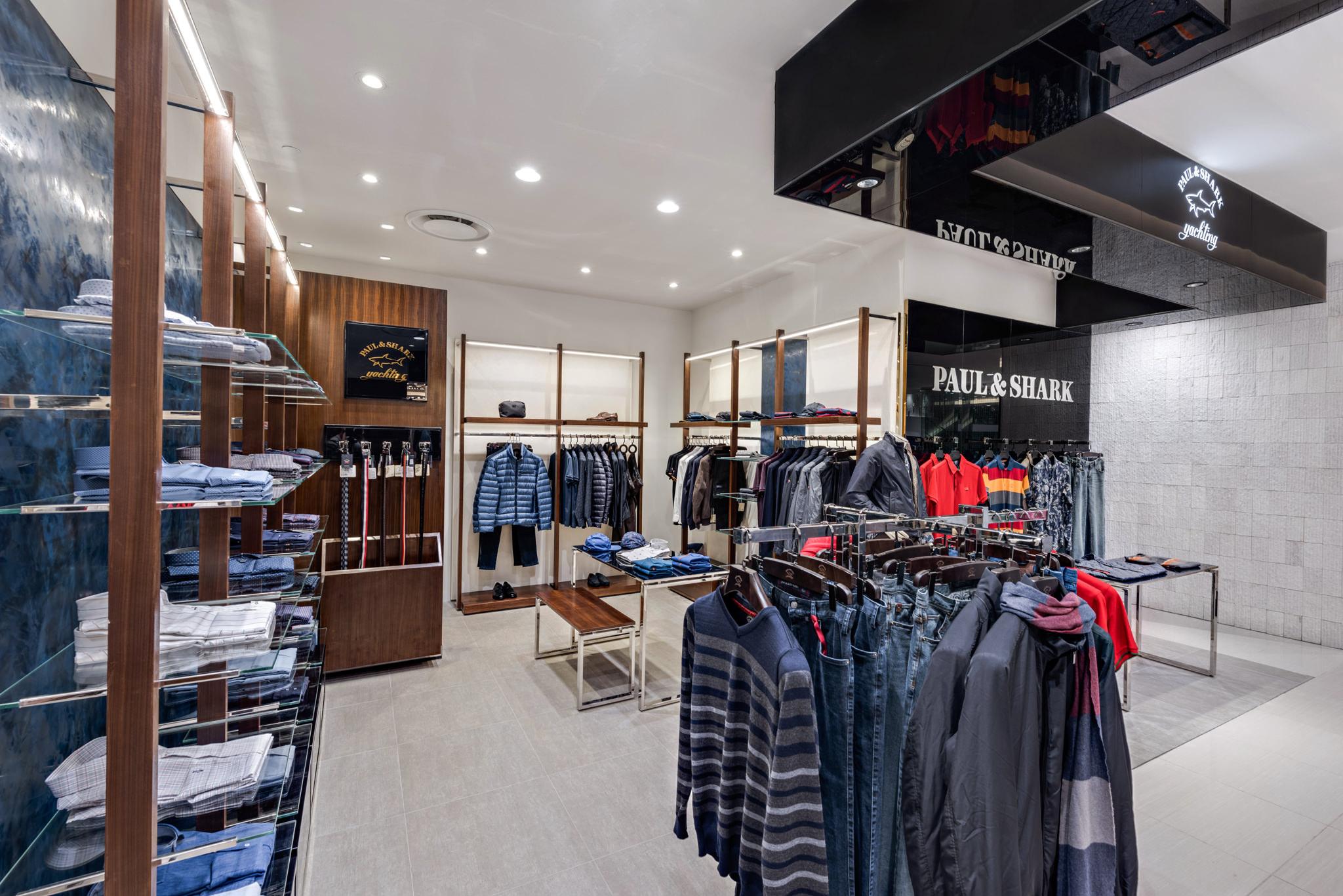 20160729 - Paul & Shark - HCM - Commercial - Interior - Store - Retouch 0006.jpg