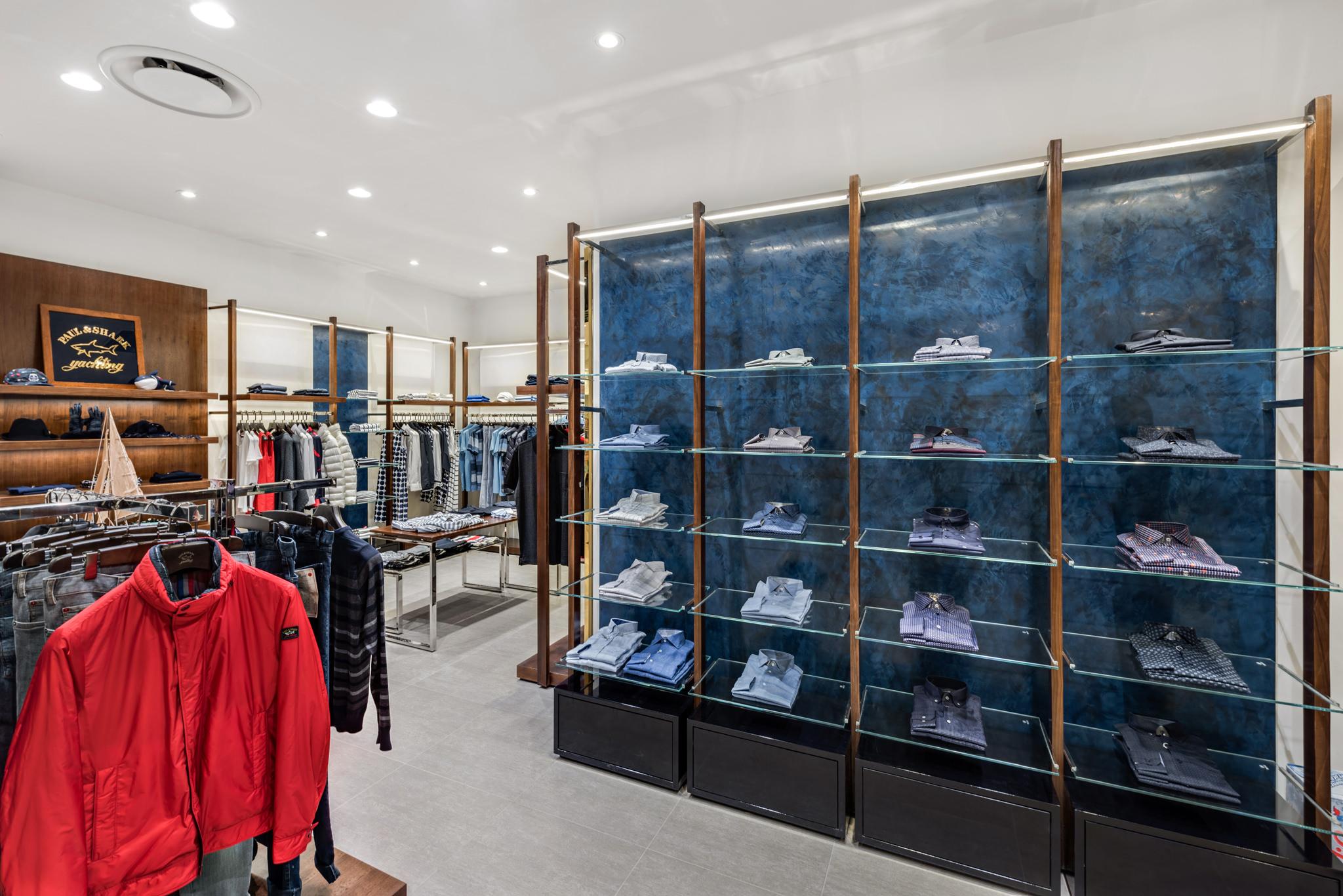 20160729 - Paul & Shark - HCM - Commercial - Interior - Store - Retouch 0008.jpg