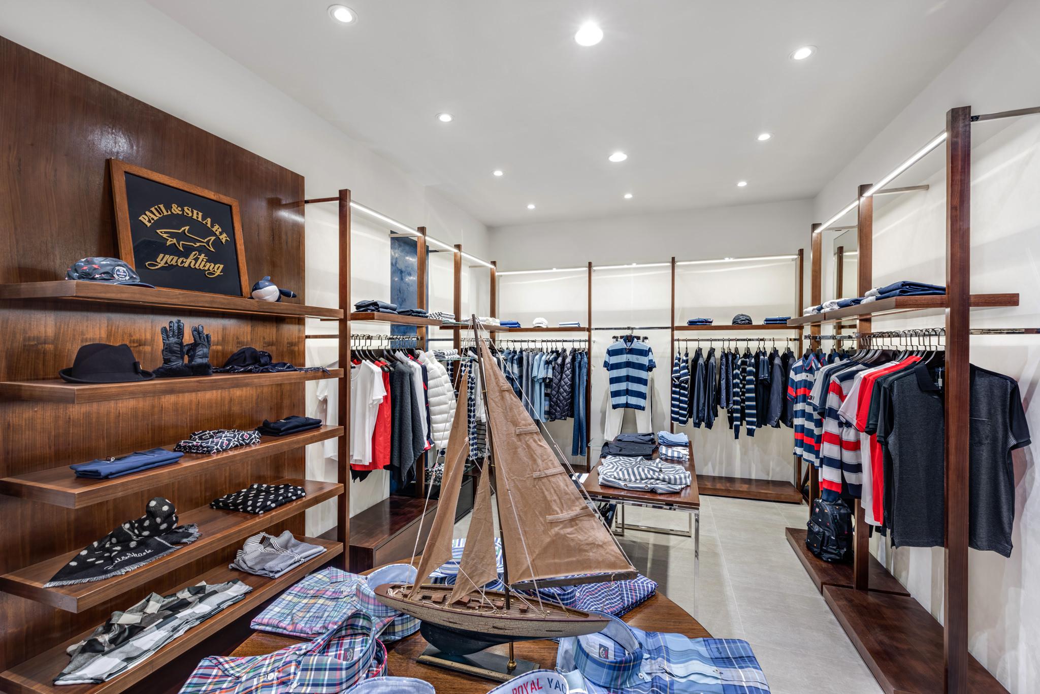 20160729 - Paul & Shark - HCM - Commercial - Interior - Store - Retouch 0009.jpg